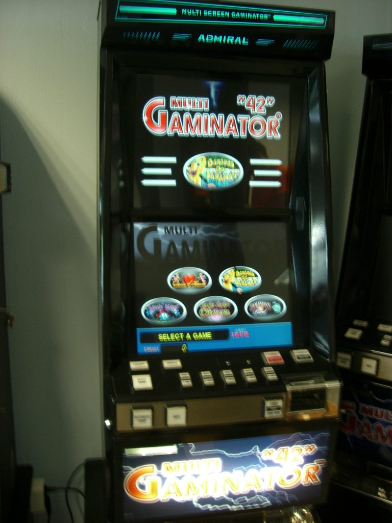 Игровой автомат Новоматик 623
