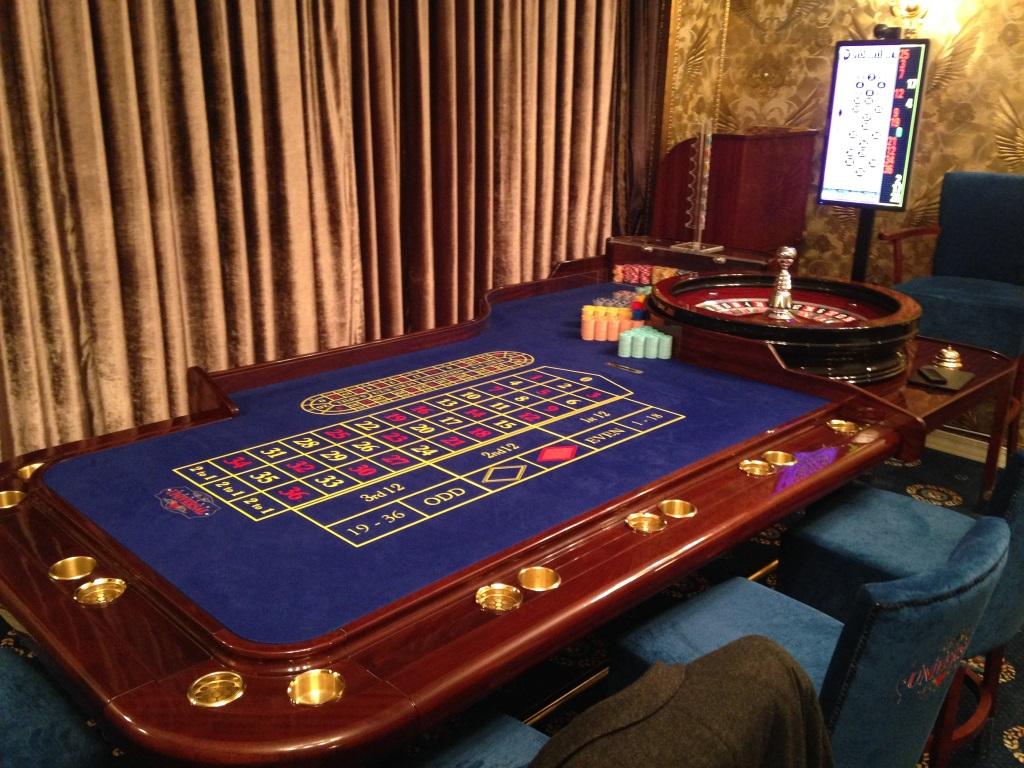 Мебель для покера